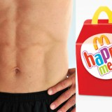 Hot Hung Guy gets Bored & Frisky at McDonalds – Provides Best Happy Meal Ever [NSFW]