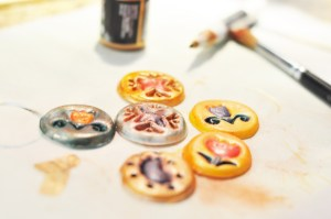 paiting medallions