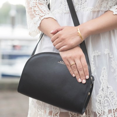 coco-and-vera-top-vancouver-style-blog-top-canadian-style-blog-top-blogger-shlomit-ofir-bracelet-apc-halfmoon-bag-chicwish-lace-dress-madewell-rings