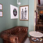 Brunch con bellini en Gracia–Avenue Bar-Sofa