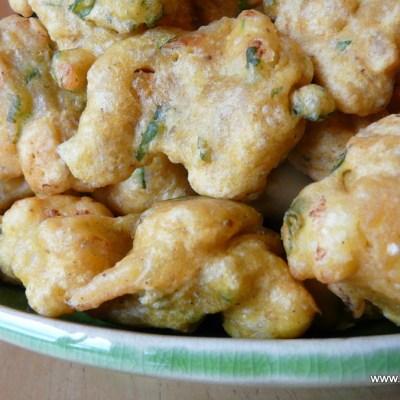 Cauliflower Fritters~Gobi Bhajiyas