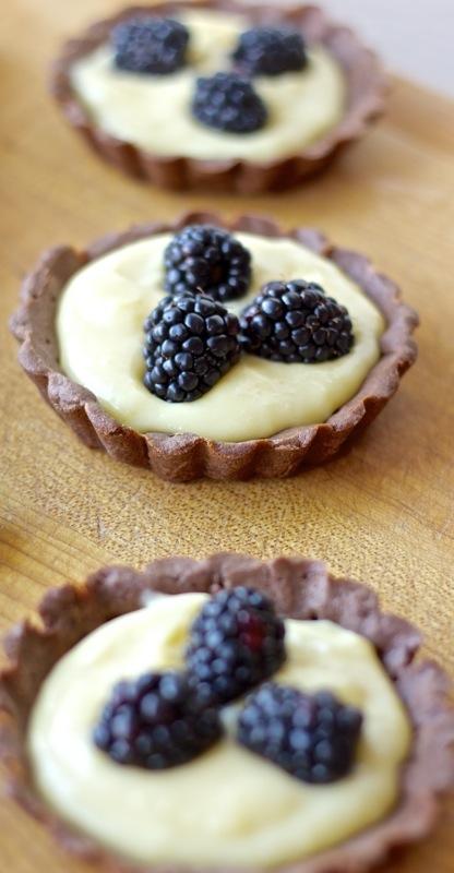 white chocolate blackberry tart