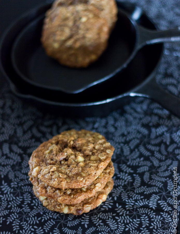 White Chocolate and Pecan Oatmeal Cookies
