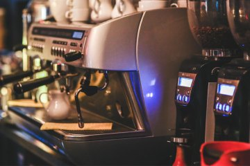 Selecting-Your-Coffee-Shops-Coffee-Maker