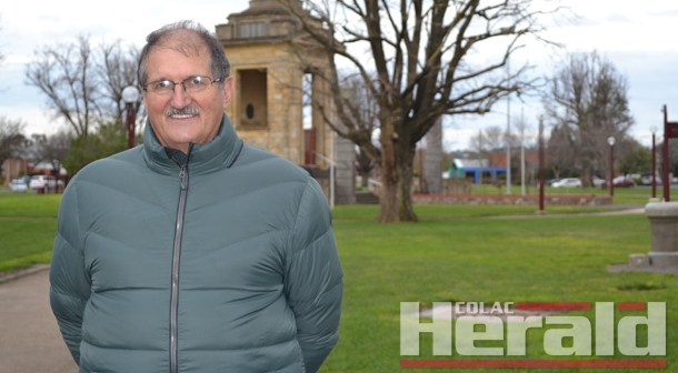 Call for playground fence at Memorial Square