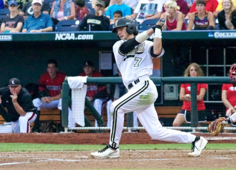 Dansby Swanson had 2 H & 2 RBI. (Photo: Shotgun Spratling)
