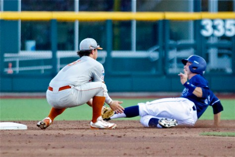 Kris Paulino is tagged out at 2B. (Photo: Shotgun Spratling)
