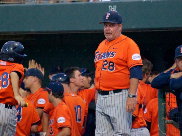Rick Vanderhook returned to the Fullerton dugout. (Photo: Shotgun Spratling)