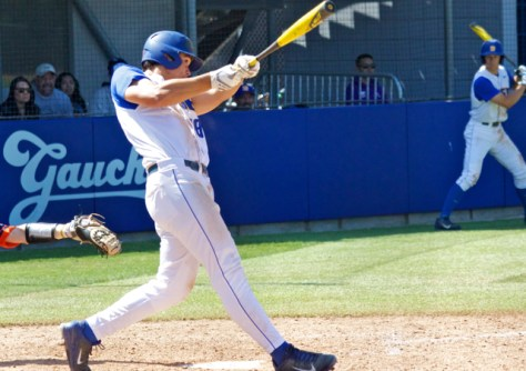 Tyler Kuresa had two hits for Santa Barbara. (Photo: Shotgun Spratling)