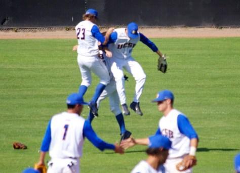 UC Santa Barbara players celebrate the win. (Photo: Shotgun Spratling)