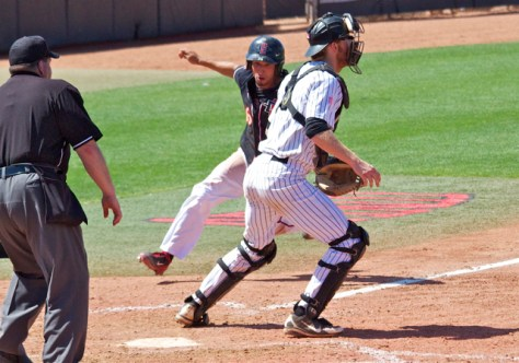 Seby Zavala comes home with the winning run. (Photo: Shotgun Spratling)