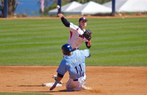 Hutton Moyer turns the double play. (Photo: Shotgun Spratling)