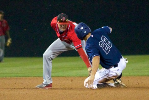 Evan Potter applies the tag. (Photo: Shotgun Spratling)