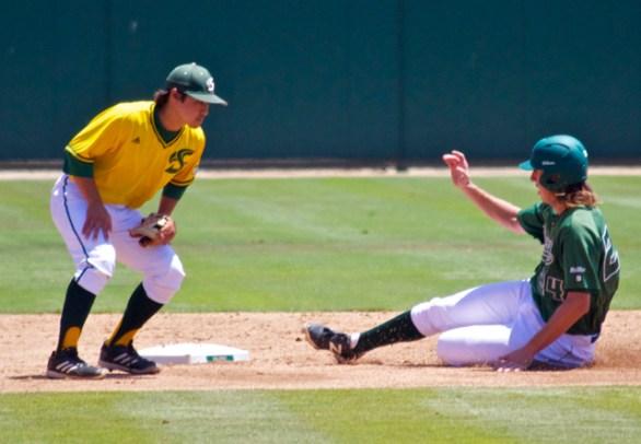 Tim Wise swipes second base. (Photo: Shotgun Spratling)