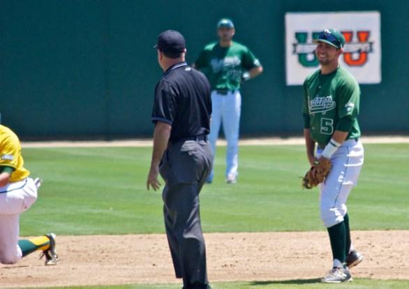 Peter Van Gansen can't believe the umpire's call. (Photo: Shotgun Spratling)