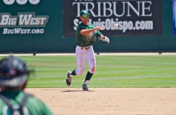 Mark Mathias throws to first. (Photo: Shotgun Spratling)