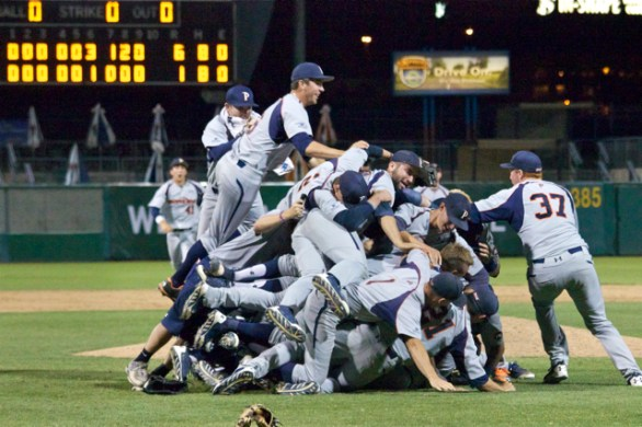 The Waves stack the dogpile. (Photo: Shotgun Spratling)