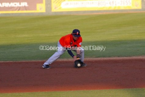 Richy Pedroza takes a grounder.