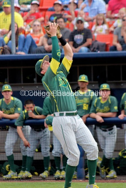 Ryon Healy catches a pop up.
