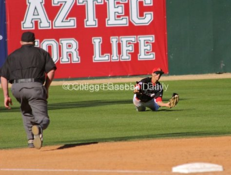 Steven Pallares dives for a shallow fly.