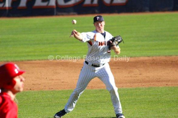 Corey Miller fields his position. (Photo: Shotgun Spratling)