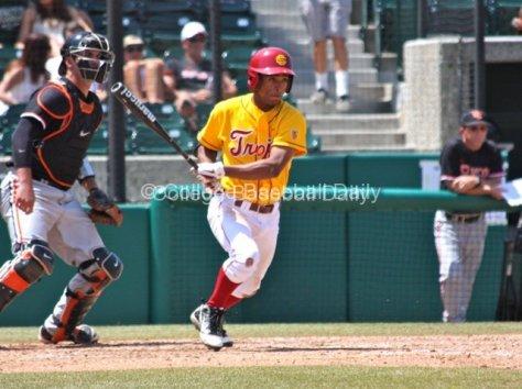 Dante Flores lines a ball.