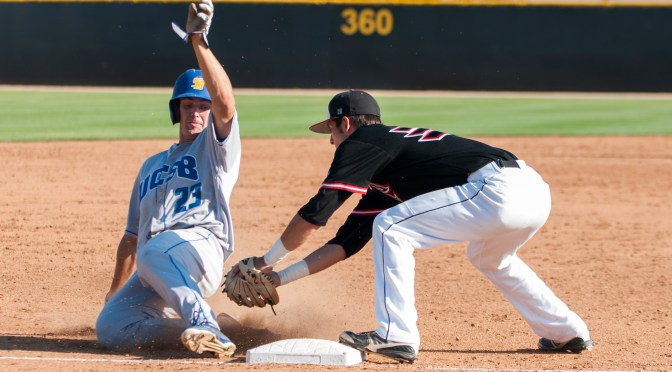 CBD Photo Gallery: Santa Barbara Scores Six in Ninth to Take Pitcher's Duel