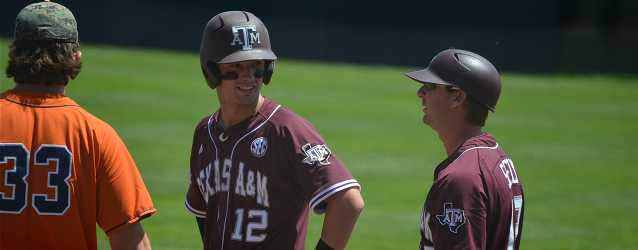 Parker Rey, Cole Lankford carry Aggies to Texas-sized elimination game win