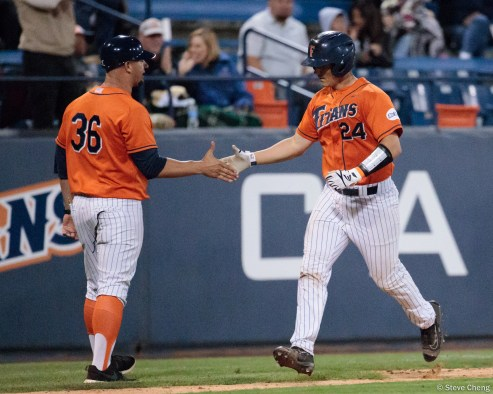 Chris Hudgins blasts a 3-run home run in the 6th inning to take an 8-4 lead. CSUF defeated UCSB 8-4, Fullerton, CA, May 12, 2017.