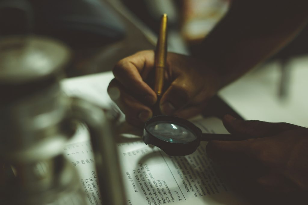 21 Resume Power Words for Journalists - College Magazine