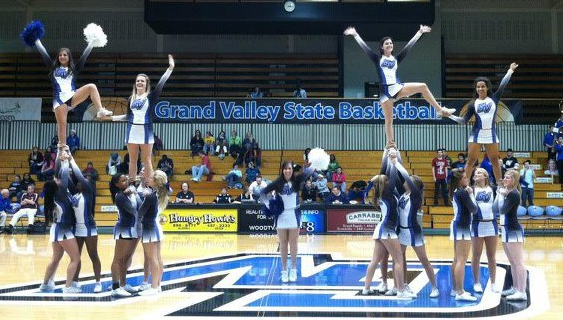 Cheer Squad Of The Week Grand Valley State College