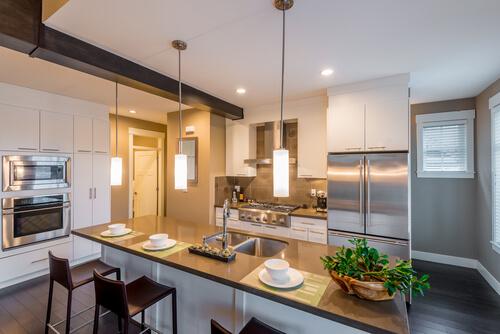 Prep, cook, store, dine essentials of gourmet kitchen designs