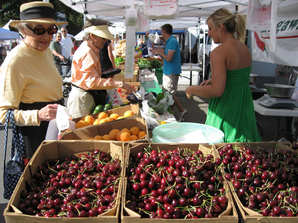 Summer Farmers39 Markets More Than Just Fruits Veggies