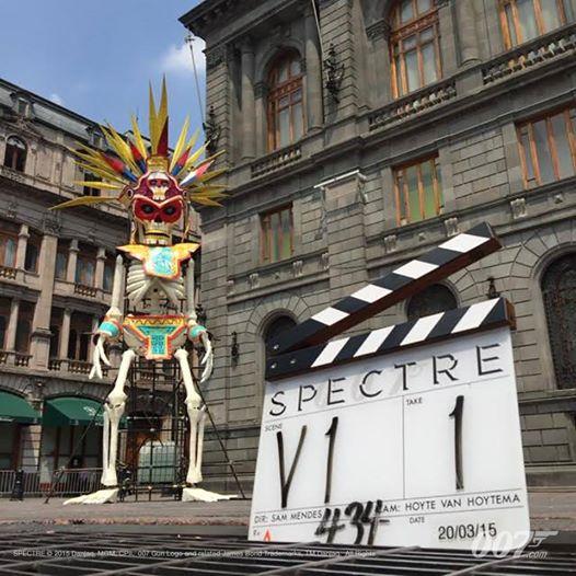 21 Mars, le tournage du pré-générique de SPECTRE commence à Mexico
