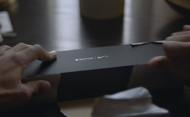 Go Run   Apple Watch Series 2 Commercial Song