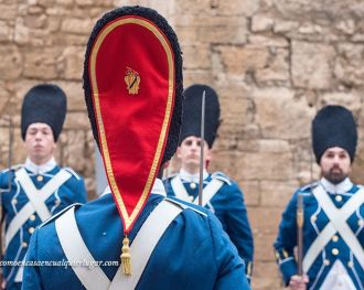 El relevo de la guardia de honor en Mallorca