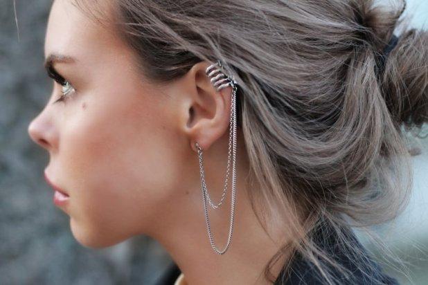 Ear Cuff con doble cadena
