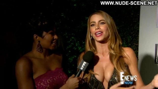 Sofia Vergara Showing Cleavage Colombia Bombshell Latina