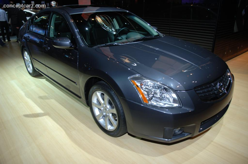 Future Car Wallpaper 2007 Nissan Maxima History Pictures Value Auction Sales