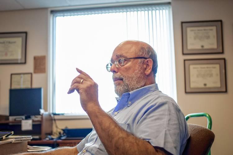 Medical examiner\u0027s office faces work overload amid opioid crisis - medical examiner job description