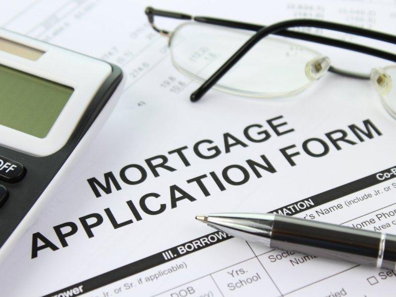 Mortgage application form. Photo: Picserver, nyphotographic