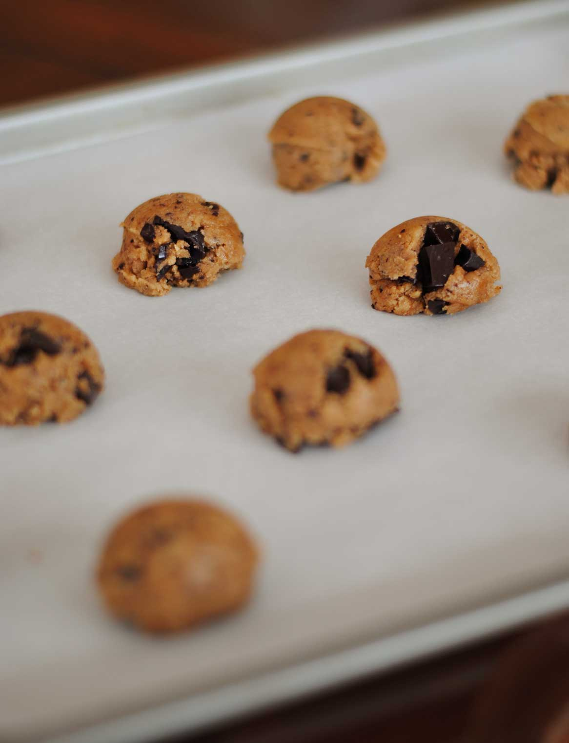 Whole Wheat Honey Chocolate Chunk Cookies - Confessions of ...