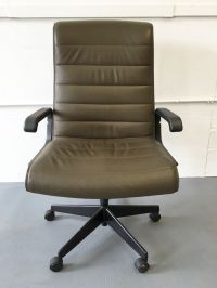 Executive Task Chair by Richard Sapper for Knoll - Olive ...