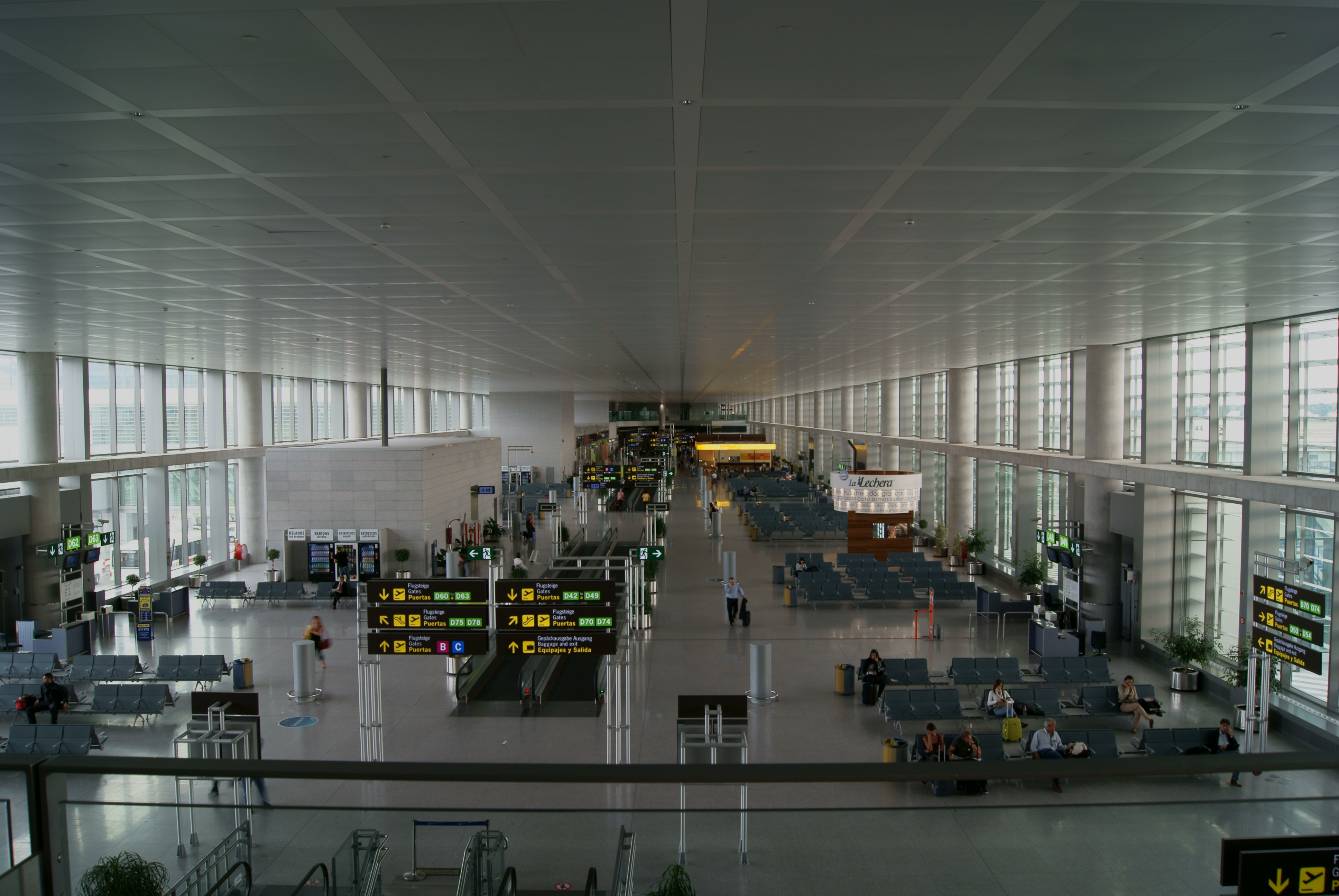 Getting to Malaga airport, Barcelona airport transfer, airport transfers from Barcelona airport