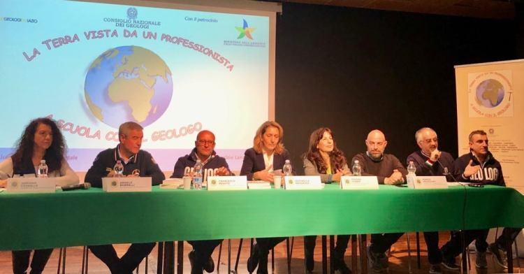 Da sx: Adriana Cavaglià, Angelo Borrelli, Francesco Peduto, Raffaella Massacesi, Marina Fabbri, Marco Incocciati, Lorenzo Benedetto e Domenico Angelone