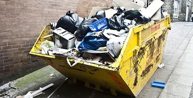 ordures-dechets-poubelle-ville-01