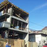Îmi construiesc apartament sau îmi cumpăr?
