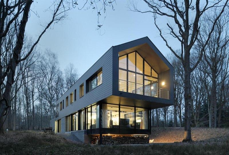 fa_ade-porte-_-faux-de-nuit-Sous-bois-par-Luc-Spits-Architecture