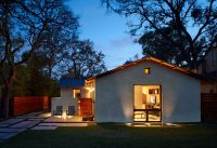 17 Inspiring Examples Of Exterior Uplighting On Houses ...