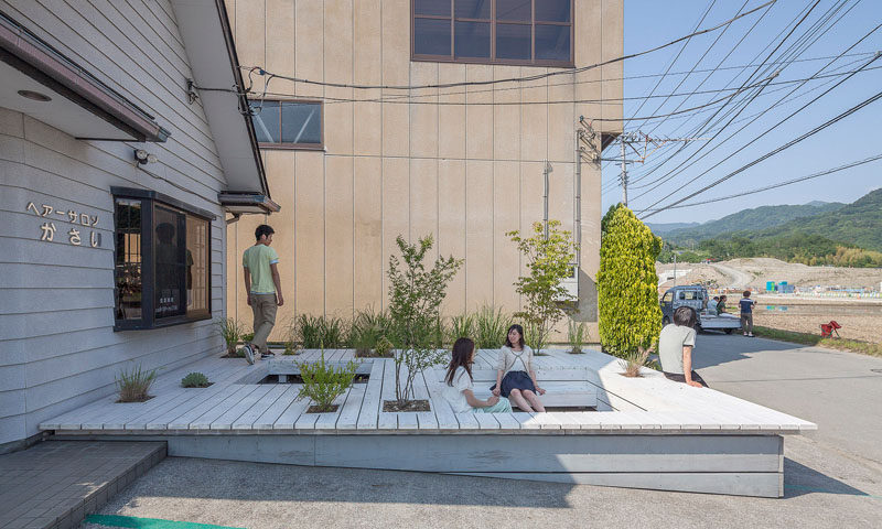 A Seating Terrace Was Added To This Barbershop In Japan CONTEMPORIST
